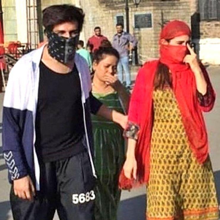 Sara Ali Khan and Kartik Aaryan hide their faces while shooting in Shimla