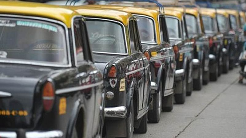 Mumbai: CSMT passengers may soon be able to hire prepaid taxis from P D'Mello Road