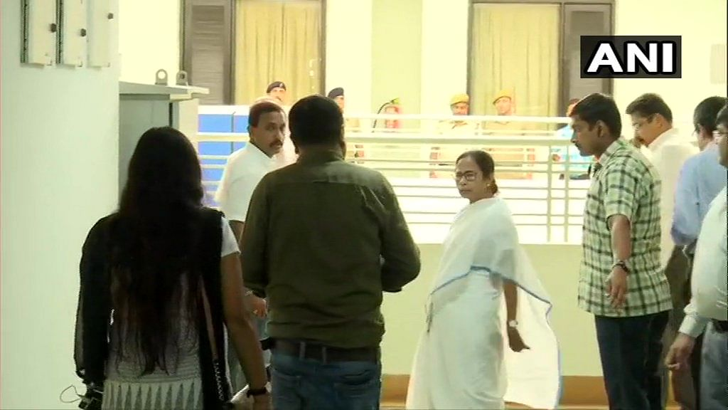Doctors' Strike LIVE UPDATES! West Bengal Chief Minister Mamata Banerjee has accepted the proposal of doctors to set up Grievance Redressal Cell in Government Hospitals.