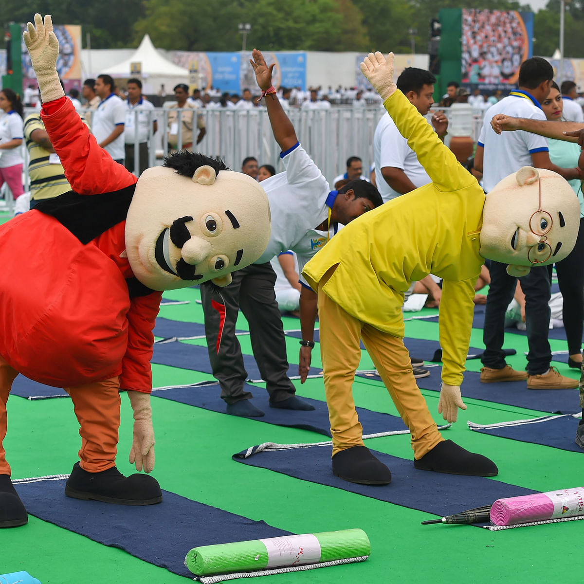Motu and Patlu performs yoga with PM Modi