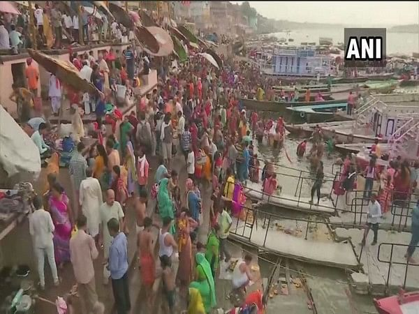 UP: Devotees throng holy ghats to celebrate Ganga Dussehra