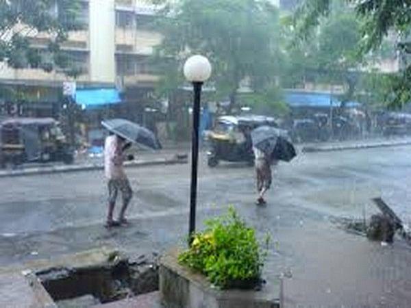 Nashik receives rain for third day