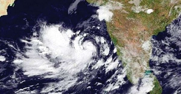 Gujarat begins evacuation of people from coastal areas as cyclone 'Vayu' inches closer