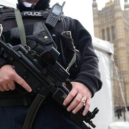 2 armed men shot during Australian counter-terrorism probe