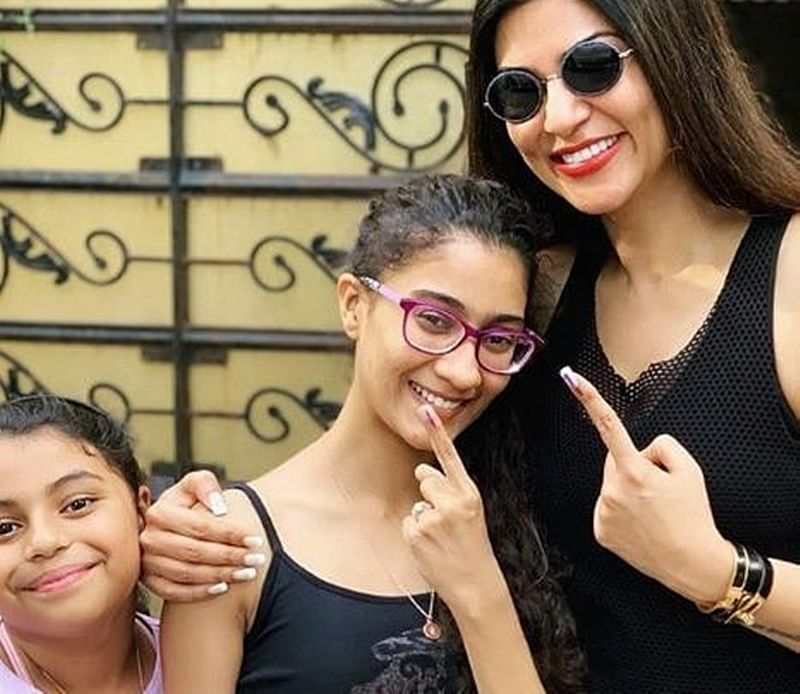 Sushmita Sen's adoptive daughter Renee did THIS when she was told about her real parents