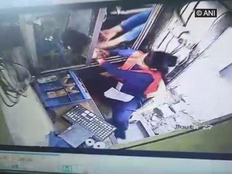Woman slapped at Gurugram toll plaza