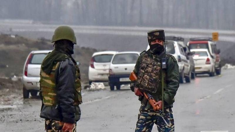 Pulwama ultra shot, 4 soldiers die in gunfight