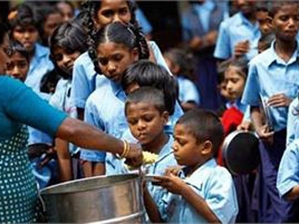 No plan to extend midday meal beyond Class VIII