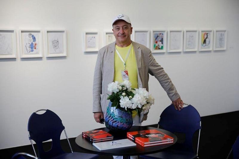Renowned American-Bulgarian art dealer Stephan Stoyanov
