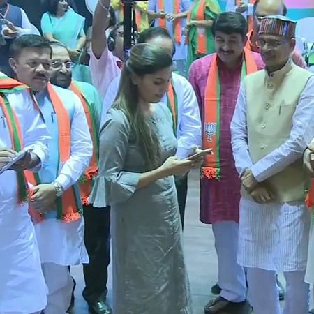 Sapna Chaudhary joins BJP at party's membership drive in Delhi