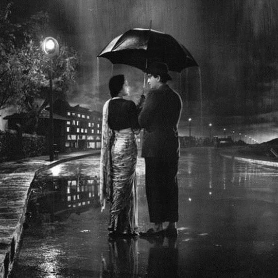 Music and rains: The inseparable 'Aashiqui'