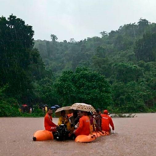 Mumbai Rains: 300 people stranded in Kalyan rescued