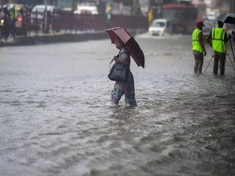 Mumbaikars brace yourself has IMD predicts very heavy rainfall over the weekend