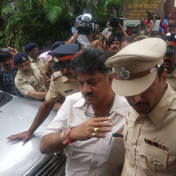 Karnataka crisis: Shivakumar escorted away by police from Mumbai hotel gates amid 'go back' slogans