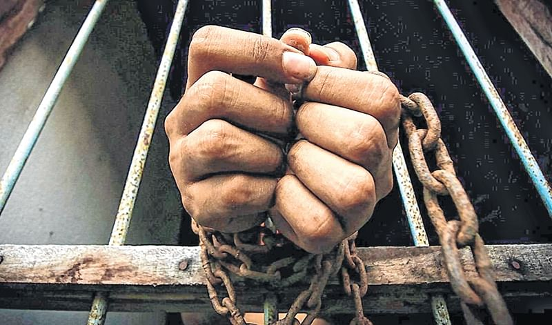 Bhopal: Sub- engineer caught accepting Rs30,000 bribe