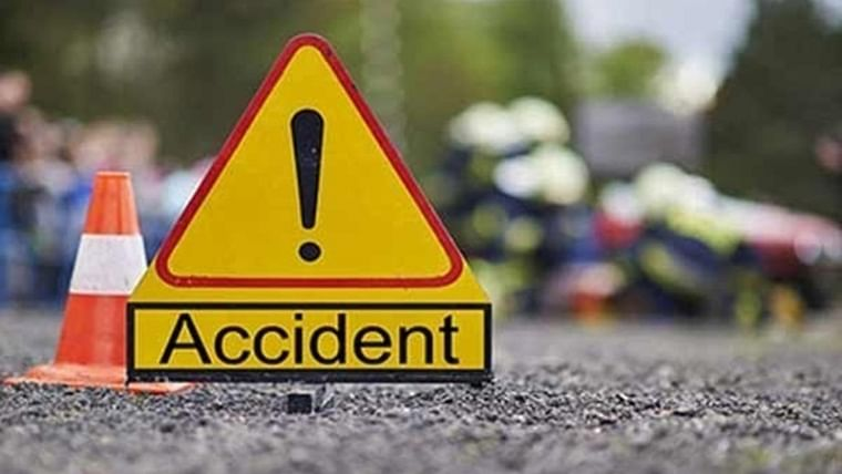 Mumbai: Speeding Ola crashes into BEST bus while overtaking, accident ends four youngsters' after-party plans