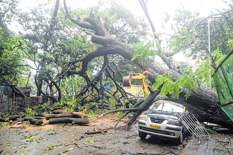 Malad wall collapse: One more dies, toll mounts to 27