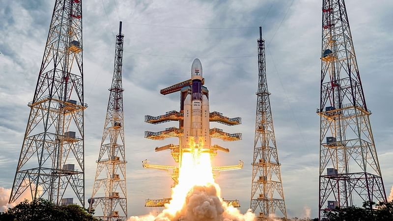 'Bahubali' GSLV rocket successfully put the Chandrayaan-2 into the earth's orbit