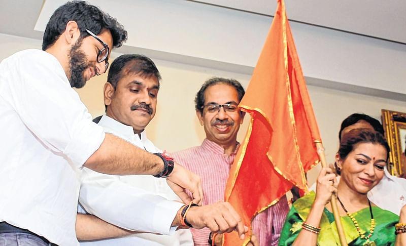Shiv Sena nets Mumbai NCP's Sachin Ahir ahead of election