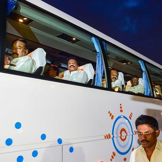 14 Karnataka MLAs taken to Pune from Mumbai, expected to reach Goa in special flight