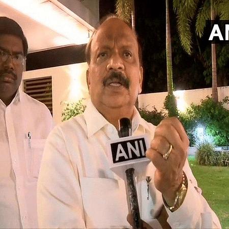 Rebel Congress MLA Roshan Baig's advocate moves Karnataka HC against his detention in IMA case