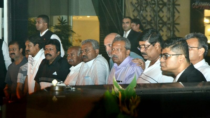 Fresh set of resignation letters of eight MLAs sent to Karnataka Speaker, says BJP leader