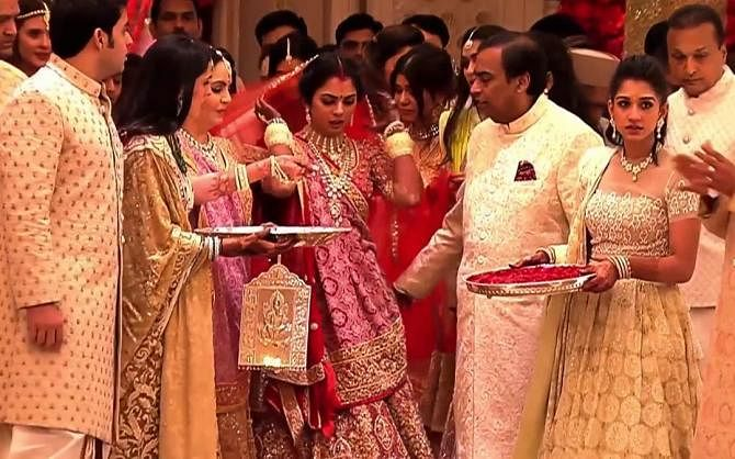 Here's an unseen picture of Isha Ambani Piramal teary-eyed during her 'Vidaai'