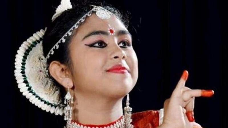 Bhopal: 30 artistes pay rich tributes to Gurus
