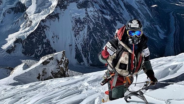 Nepalese climber scales Pakistan's highest peaks in just 23 days