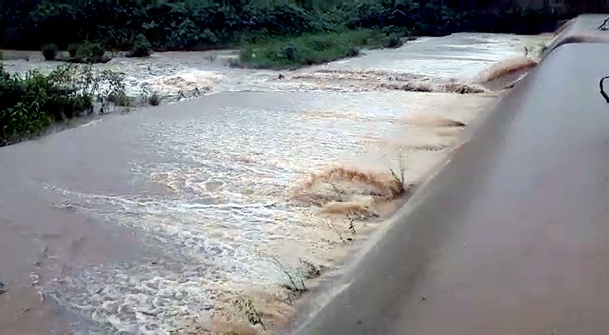 Andhra Pradesh: Warning signal raised in Srikakulam district as water level rises
