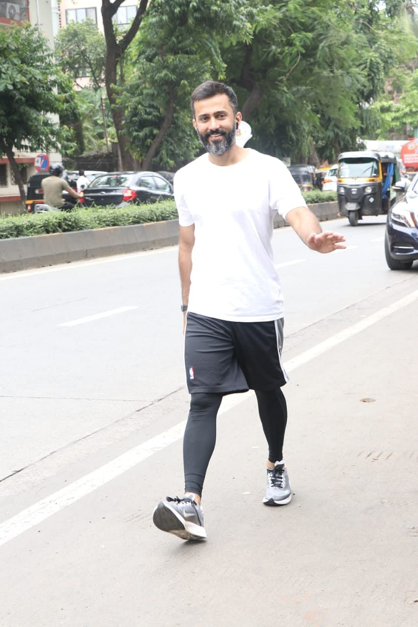 Anand Ahuja spotted in Juhu