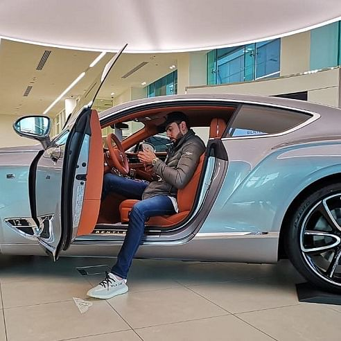 Ibrahim Assad's Travel life and car's collection is a bliss