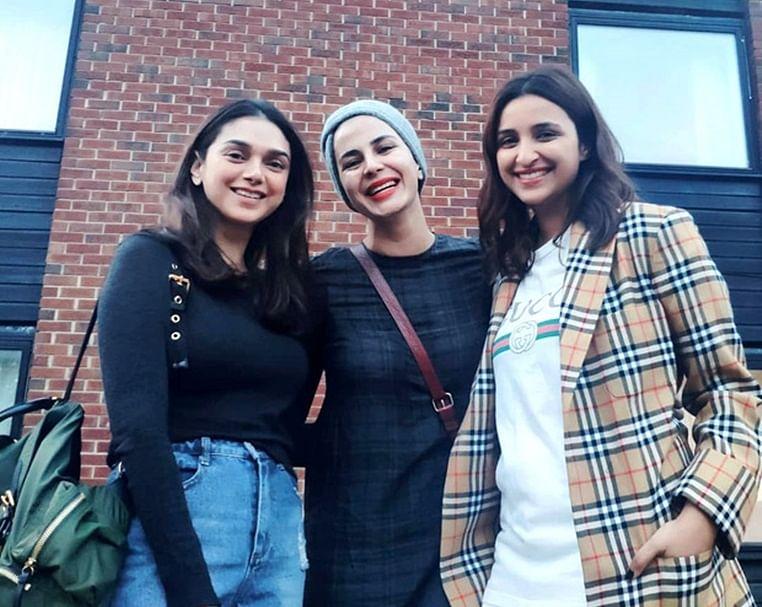 Parineeti strikes a pose with 'The Girl On The Train' co-stars Aditi Rao Hydari and Kirti Kulhari