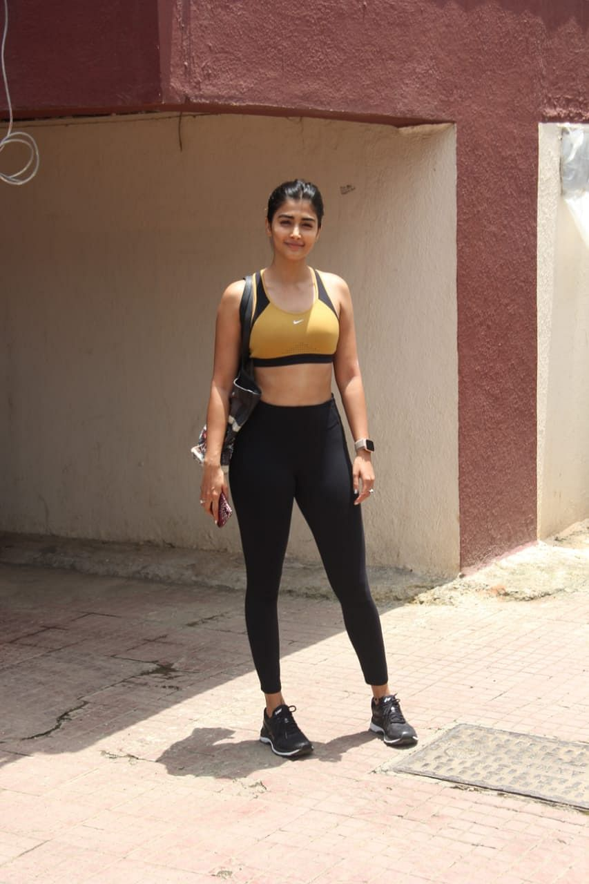 'Mohenjon Daro' actress Pooja Hegde was snapped at Pilates center while stepping out.