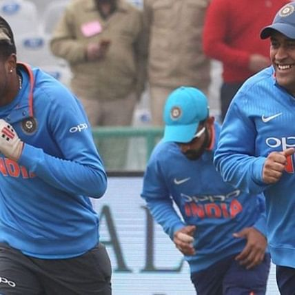 Hardik Pandya in, MS Dhoni out from 15-man squad for South Africa series
