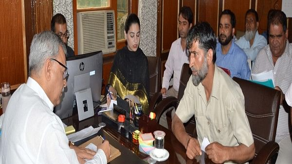 Govt will advertise 50,000 posts in various departments: Farooq Khan, Advisor to J-K governor