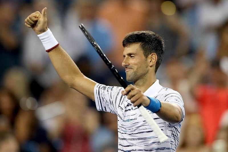 Novak Djokovic troubled by shoulder