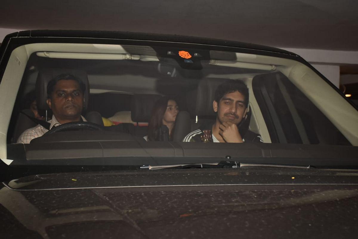 Alia Bhatt, Zoya Akhtar, Shweta Bachchan Nanda, Kiran Rao and Ayan Mukerji spotted at the Karan Johar's residence.