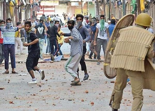 With radicals out of Jammu&Kashmir, stone-pelting steeply drops