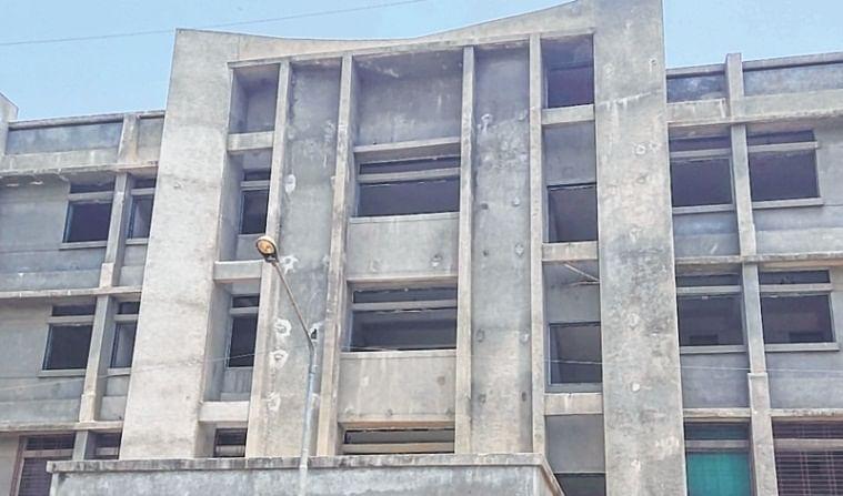 Bhiwandi building develops crack, evacuated