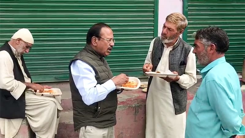 Ajit Doval has street food in Shopian