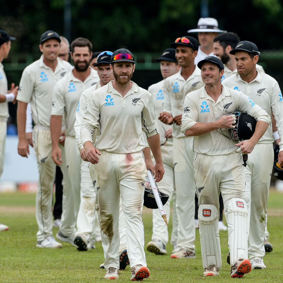 New Zealand win second Test against Sri Lanka by innings and 65 runs