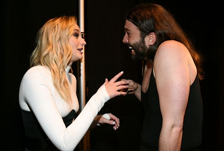 Watch Sophie Turner and Jonathan Van Ness meet for the first time at VMAs
