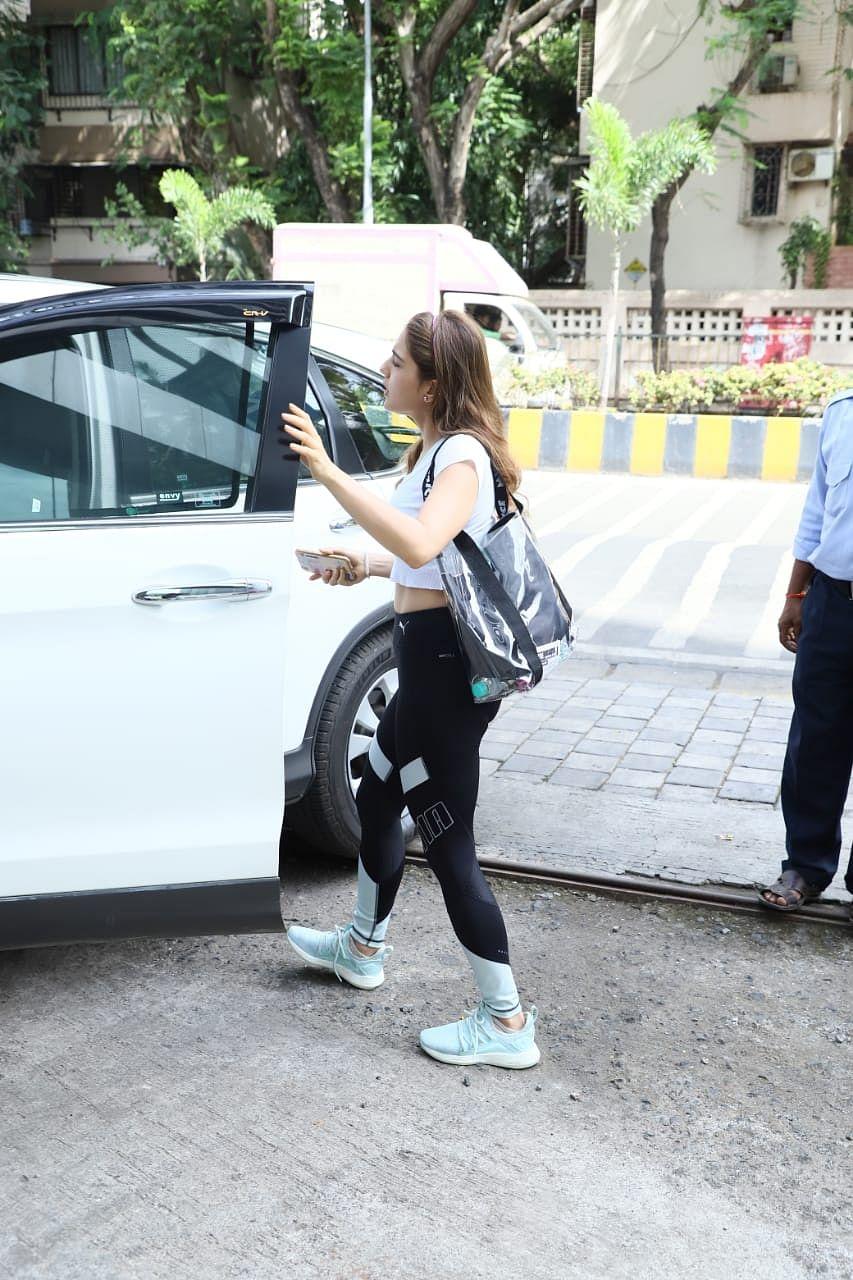 Sara Ali Khan flaunts this Disney tote bag worth Rs 2k
