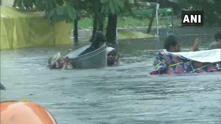 Death toll reaches to 29 due to heavy rain, schools to be closed till Tuesday in Patna