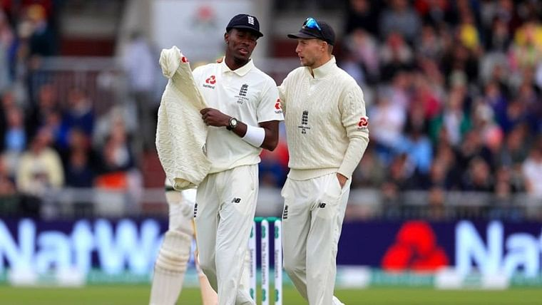 Ashes 2019: Jofra Archer gives 'scolded schoolboy' look to Joe Root, sets off rift rumours