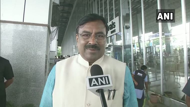 President Rule in Maharashtra if no govt in place by Nov 7, says Sudhir Mungantiwar