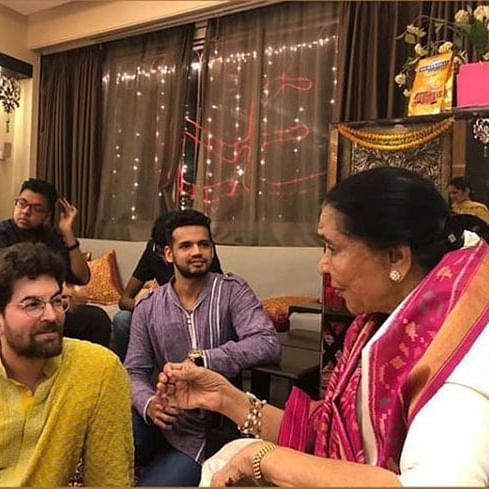 Watch Neil Nitin Mukesh recreate this iconic song of Asha Bhosle with the singer herself