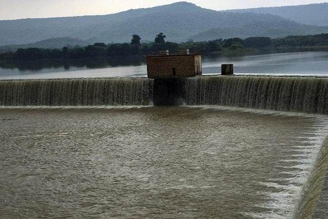 Maharashtra: Krishna river rises after heavy rain, 30 people shifted
