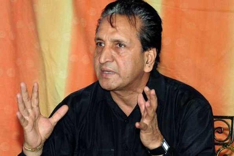 Former Pakistan spin great Abdul Qadir passes away due to cardiac arrest